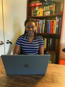 Isha Kamara '23 on laptop